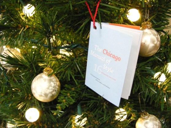 mini Chicago Manual of Style ornament
